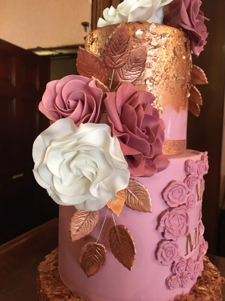 bespoke-cake-makers